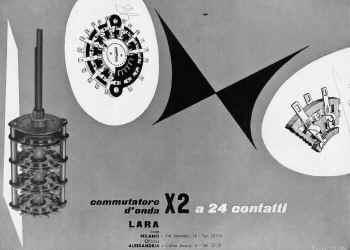 lara 153 low.jpg (1777779 byte)