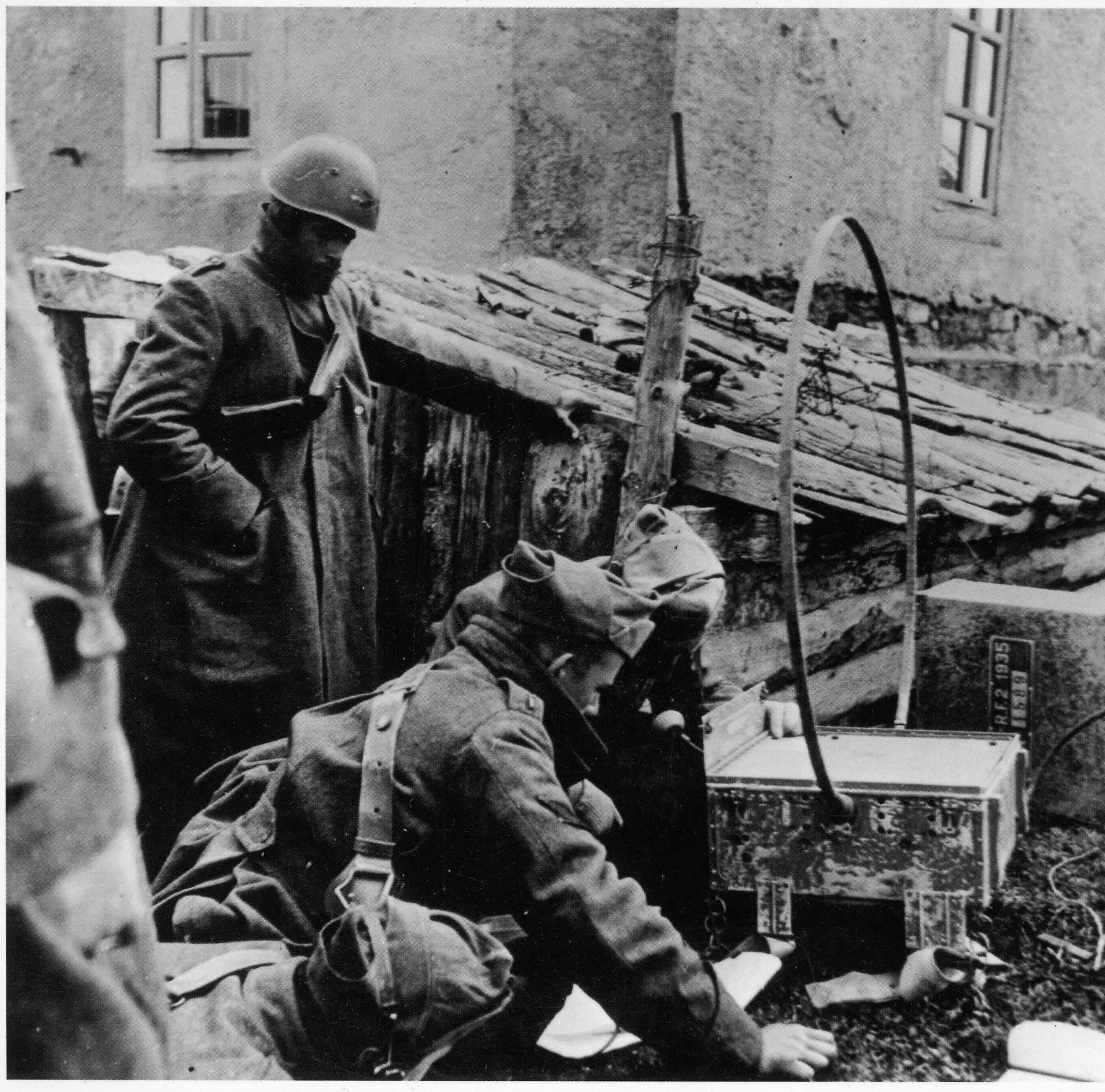 Servizio intercettazione anteriore alla ii guerra mondiale for Decorati 2 guerra mondiale